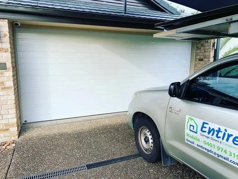 entire garage door repairs in brisbane